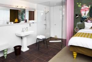 399_7_25hours_Hotel_Wien_beim_Museumsquartier-XL-Zimmer-Bad